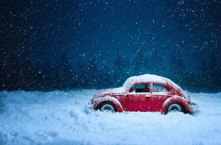 Cars and Severe Winter Weather Warnings